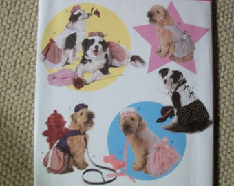 Simplicity 3518 Dog Dress in 3 sizes (A - Large, X-Large, XXLarge) and one size hat and leash