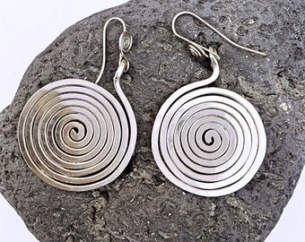 Spiral earrings 'espiral de la vida'