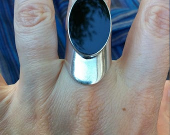 Vintage Taxco Black Onyx Sterling Silver  Ring Size 6.5