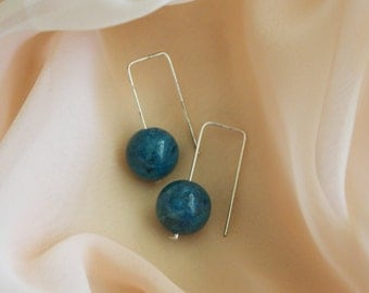 Beautiful Contemporary 925 Sterling Silver and Blue Agate Drop Earrings (no.2)