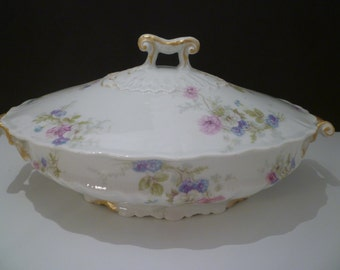 HAVILAND LIMOGES CHINA Covered Dish. Vintage Turn of The Century Theodore Haviland Limoges  Covered Dish. We Have 2 Matching Available.