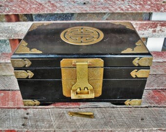 Vintage George Zee & Co. Black Lacquer and Brass Asian Jewelry Chest with Lock and Key