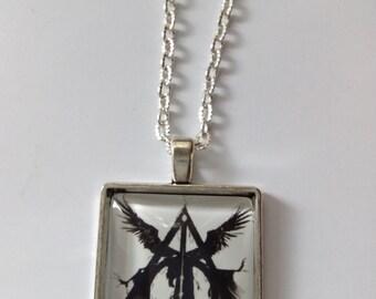 Harry potter glass necklace