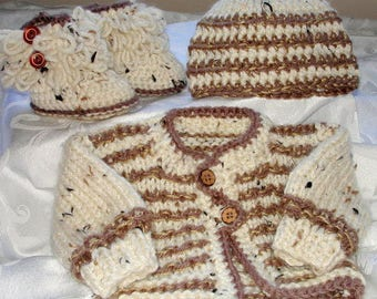 0-3 month Custom hand knit boys sweater.,tuque,shoes Original design by kids knits.