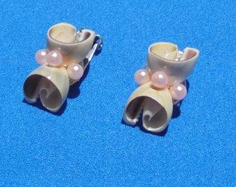 Vintage Seashell Pink Faux Pearl Clip On Earrings