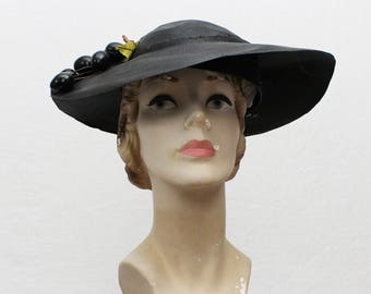 40s Black Wide Brim Tilt Hat - Vintage 1940s Faux Fruit Sunhat