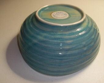 Nantucket Beautiful Vintage Serving Bowl