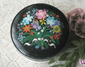 """Vintage (circa 1950-60) French """"Fleurs De Rocaille"""" by Caron - Face Powder Box with Full Contents"""