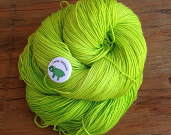 Sheep Wazowski - Hand Dyed Yarn