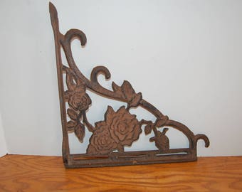 Vintage Cast Iron Shelf support, Antique Shelf Holder, Home Decor