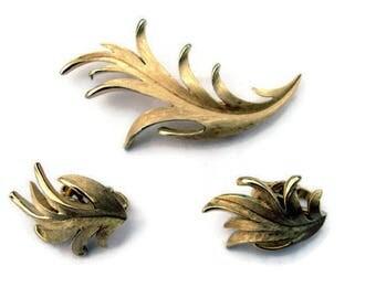 Trifari Brooch and Earrings Set Signed Leaves