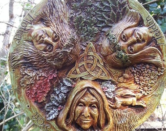 Triple Moon Goddess wall plaque, Pagan, wiccan, beltaine, imbolc, midsummer, mabon