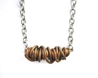 Copper wire wrapping necklace, wire wrapped copper wire, stainless steel chain and finishing, curly, minimal, minimalistic, wire wrapping