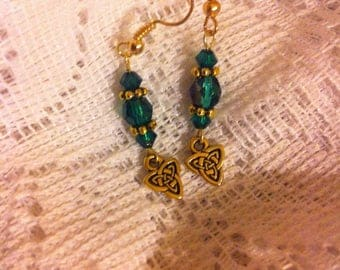 Emerald green and Gold plated pierced earrings with Celtic Triad charms