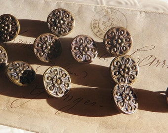 SALE!*** 11 Victorian Brass Pressed Buttons  Rope Floral Design