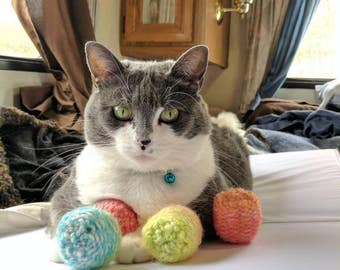 Easter Egg Ball Cat Toys, Optional Catnip & Valerian, Unique Cat Toys, Colorful Cat Toys, Knitted Toys for Cats