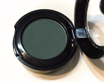 ORGANIC SAFARI Matte Green Pressed Mineral Eyeshadow - Natural Eye Shadow - Plant Makeup - Organic Gluten Free Vegan Mineral Makeup