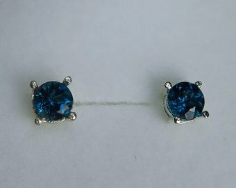 1ct Natural london blue topaz round cut stud earrings Sterling .925 silver