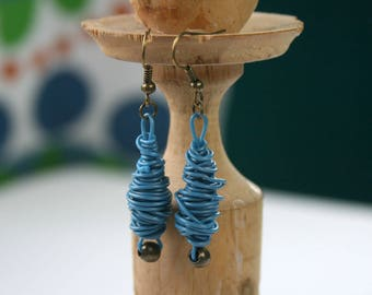 Christmas gift for her. Upcycled jewellery. Recycled electric cables jewelry. Blue recycled cables earrings DHAKA