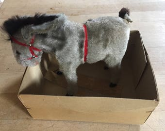 Darling vintage wind up Donkey/still works
