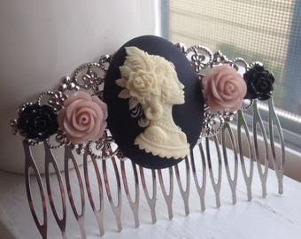 Gypsy Skeleton Woman Cameo Hair Comb/Black & Dust Pink Roses/Wedding/Bridal/Bridesmaids/Gift For Her/Sugar Skull