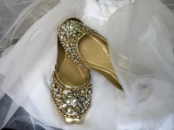 2bcea6161321 high-quality Spring Sale Kundan Khussa Flats Wedding Shoes Flat Asian Shoes