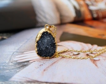 Beautiful Necklace *Quartz Druzy * Black/Antrazith