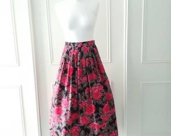 Vintage midi skirt 1980's vintage skirt Expressions floral skirt red black ladies skirt size 10 skirt