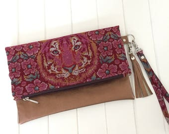 Fold Over Clutch Purse,  Fold Over Party Clutch, Fold over Clutch, Handmade Clutch, Fabric and Vinyl Fold over clutch, Handmade Purse