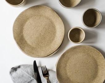 Set of 4 Handmade oatmeal speckled organic dinner plate [Minimalist, Scandinavian, Neutral]