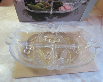 Home Beautiful Crystal Condiment Server