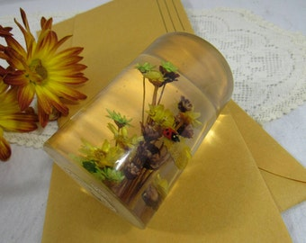 Vintage Lucite Flower Filled Paperweight Boho Circa 1970's