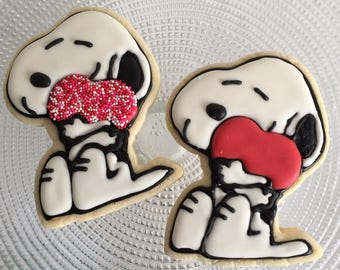 Snoopy Valentine cookie