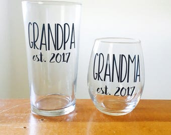 grandma and grandpa glasses gifts for Mother's Day gifts for Father's Day baby announcement glasses grandma established wine glass