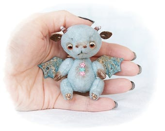 Artist Teddy Drago Blueberry 2.1 inches (5.5 centimeters) OOAK