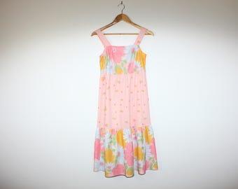 Daisy and Tulip Flower Power Pastel Prairie Sleeveless Bohemian 70s Vintage Dress