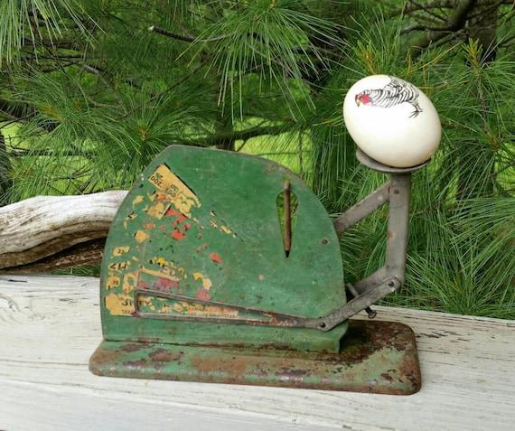 Jiffy Way Metal Egg scale Farmhouse Decor