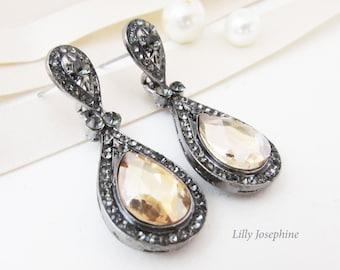 Champagne Crystal Earrings, Champagne Wedding Earrings, Blush Earrings, Champagne Color Earrings for Wedding, Bridesmaid Earrings