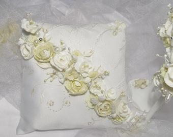 Lace ring pillow Ring bearer pillow Wedding ring cushion Wedding ring box Bridal ring pillow Flower wedding ring holder Rustic ring pillow