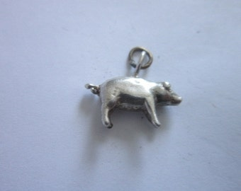 Vintage Full Bodied Sterling Silver Pig Piggy Charm