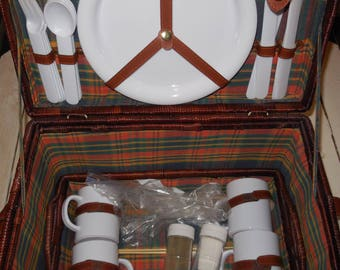 Complete wicker picnic basket and picnic kit.