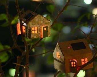 PROVENCE Miniature Solar powered night light - miniature South of France stone house with solar panel
