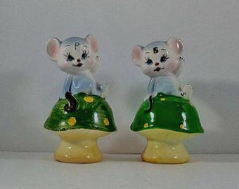 Mice Salt and Pepper Shakers, Vintage Mouse Shakers, Vintage Enesco Salt and Pepper Shakers, Mouse Salt and Pepper Shakers