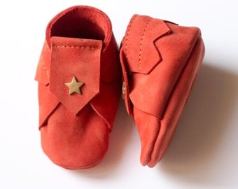 Nubuck orange baby shoes, Size 2 (1 to 3 months), baby slippers, leather slippers, orange baby slippers, leather baby shoes