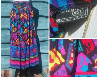 Super Fun Funky Vibrant Vintage 80s Skirt! Colorful print/midi skirt/bright floral/party/pink/black, size M/L