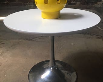Mid century modern end table tulip table knoll tulip table mid century side table