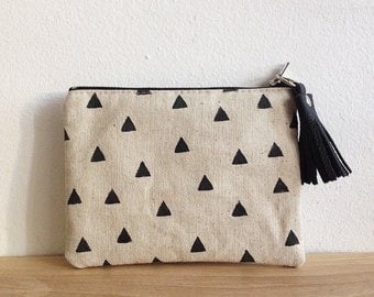 Small Pouch, Natural linen canas, Geometric, Cosmetic pouch, Carry all pouch, Triange print, Tassels
