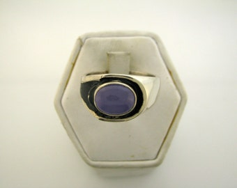 Sterling Silver ring with purple stone size 9.5