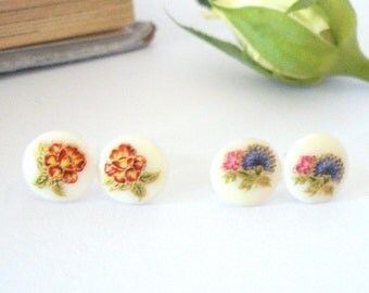 Vintage Flower Posts, Spring Post Earrings, Floral Stud Earrings, Little Flower Earrings, Gift for Her
