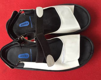 REDUCED! Wolky Jewel Sandals White Orthopedic Walking strappy